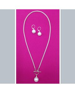 Sea Lily Shell Pearl Necklace and Earrings Set